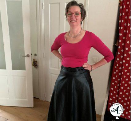 Een te kleine rok besteld (dagboek van een shopaholic)